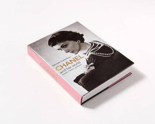"""Recenzie - """"Coco Chanel"""" - Edmonde Charles-Roux"""
